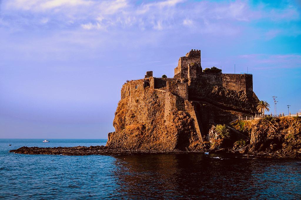 "<img src=""Aci Castello'north view side.jpg"" alt=""Sicily."">"